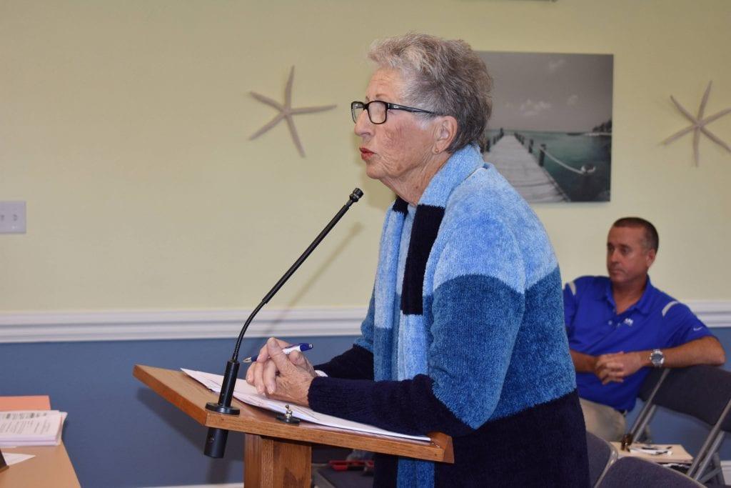 Ruth Uecker