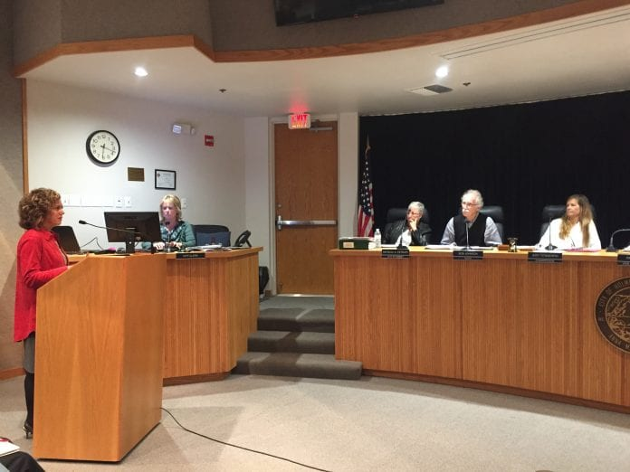 Holmes Beach legislative session