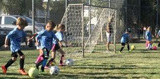 Center soccer clinic Beach Bums