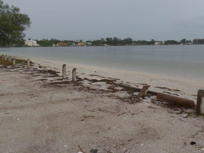 Palma Sola Causeway missing bollards