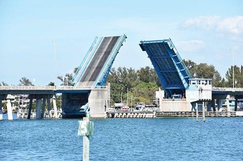 ITPO members pledge support for smaller bridge