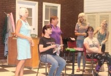 All-ladies cast performs 'Steel Magnolias'