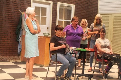 'Steel Magnolias' bleeds Southern charm
