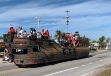 Privateers' Christmas Processional taking northbound route