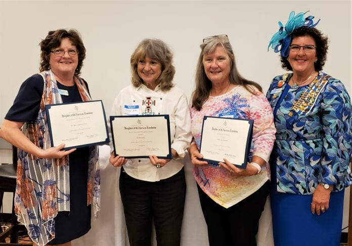 DAR recognizes Cortez women with awards